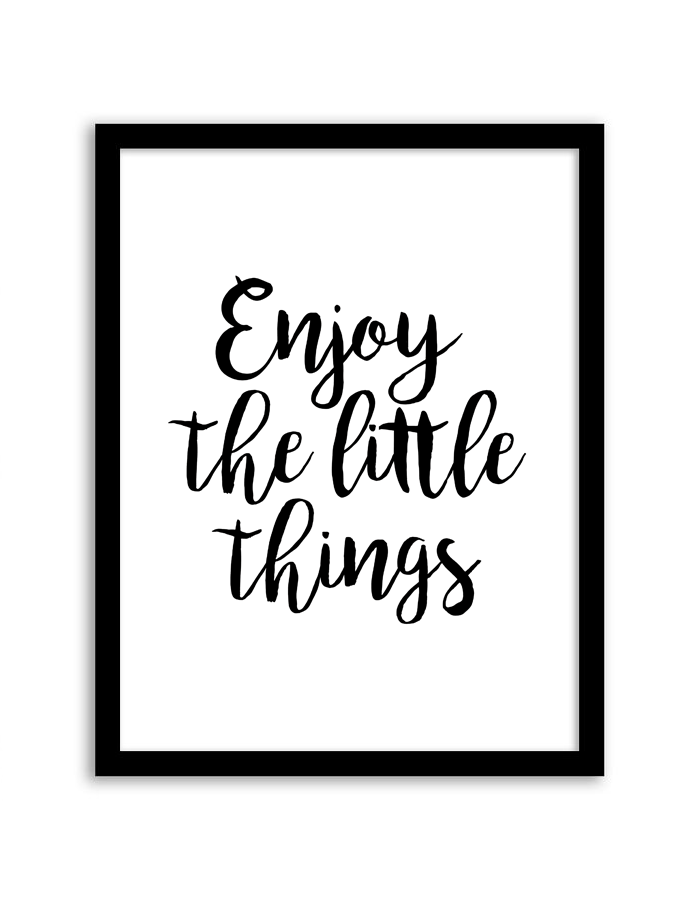 Download and print this free printable Enjoy the Little Things wall art for your home or office!