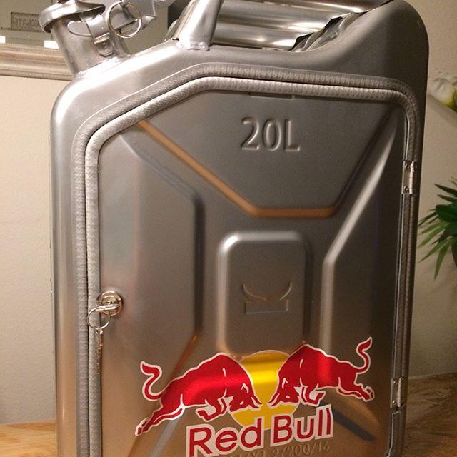 Zu Verkaufen Fr 400 Statt Fr 430 Red Bull Vodka Kanister Redbull Redbullvodka Vodka Hobby Selbermachen Bern Schweiz Sw Wodka Zu Verkaufen Kanister