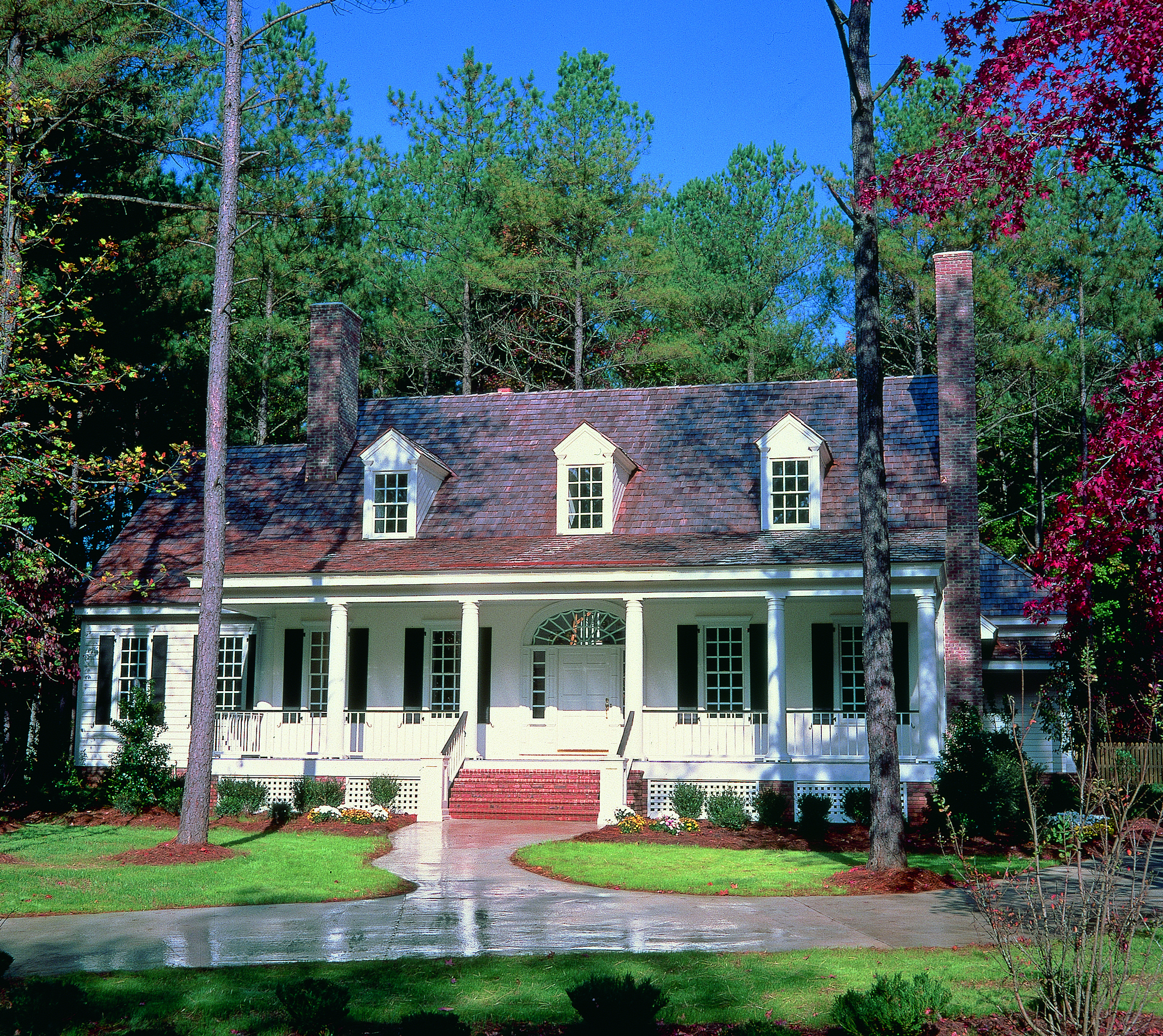 Plan 32533wp Charming Country Home Plan Colonial House Plans Country House Plans House Styles