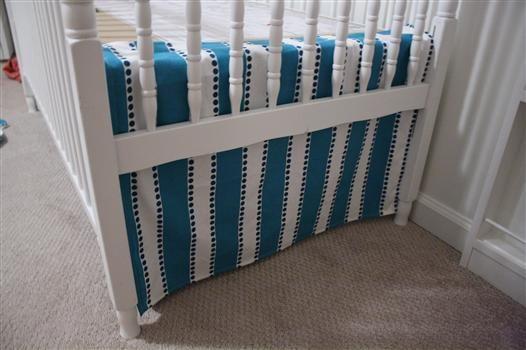 Diy Crib Skirt That Adjusts In Length As Baby Gets Bigger And Mattress Gets Lowered Diy Crib Crib Skirts Cribs