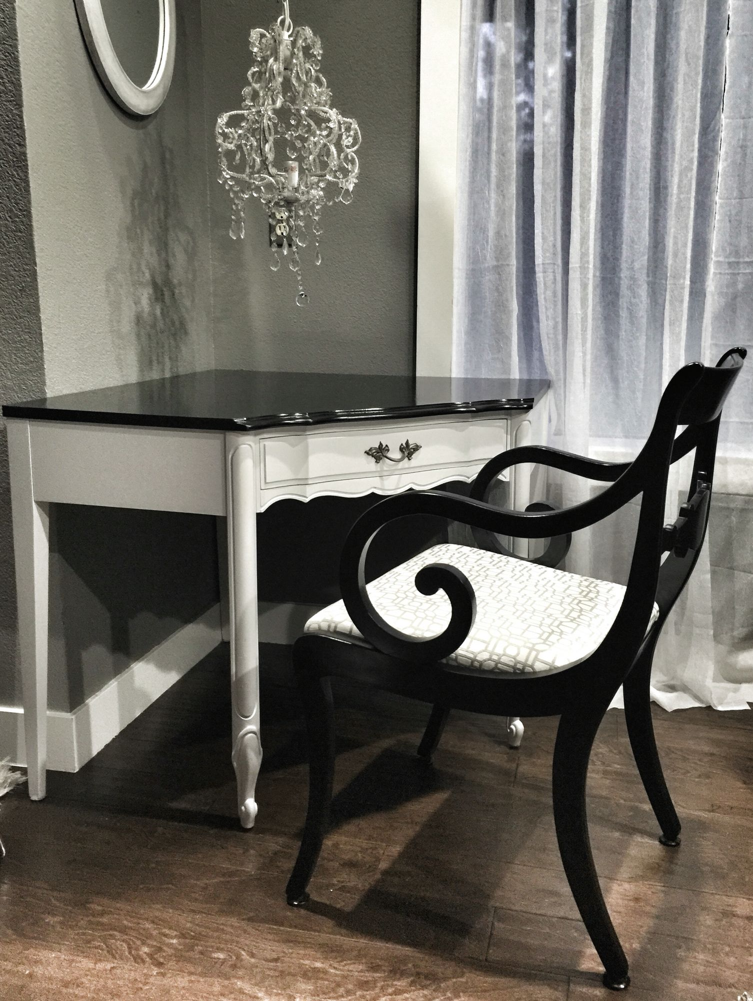 French Provincial Corner Desk Refinished Updated In A Classic Black White White French Furniture Classic Bedroom Decor Furniture