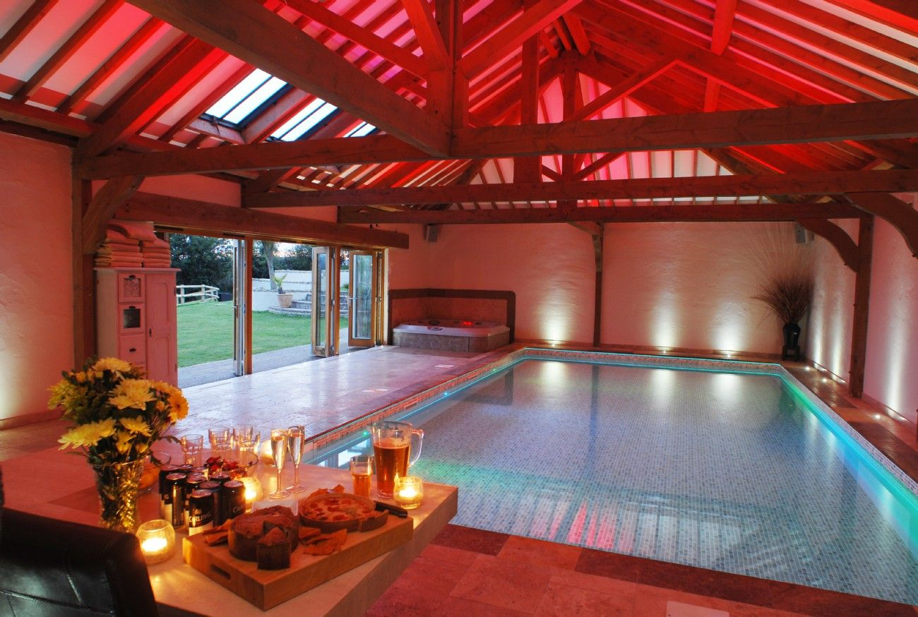 Jaw dropping indoor pool luxury holiday home in cubert - Holiday homes with indoor swimming pool ...