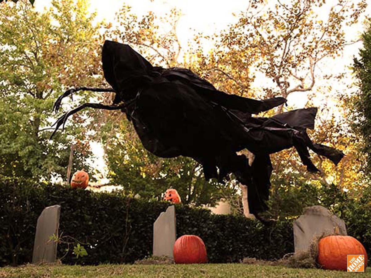 DIY Spooky Halloween Decorations Secrets from Hollywood Spooky - Spooky Halloween Decorations