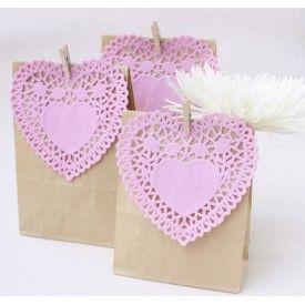 DIY Party Favour Bags | Pink Heart Doilie