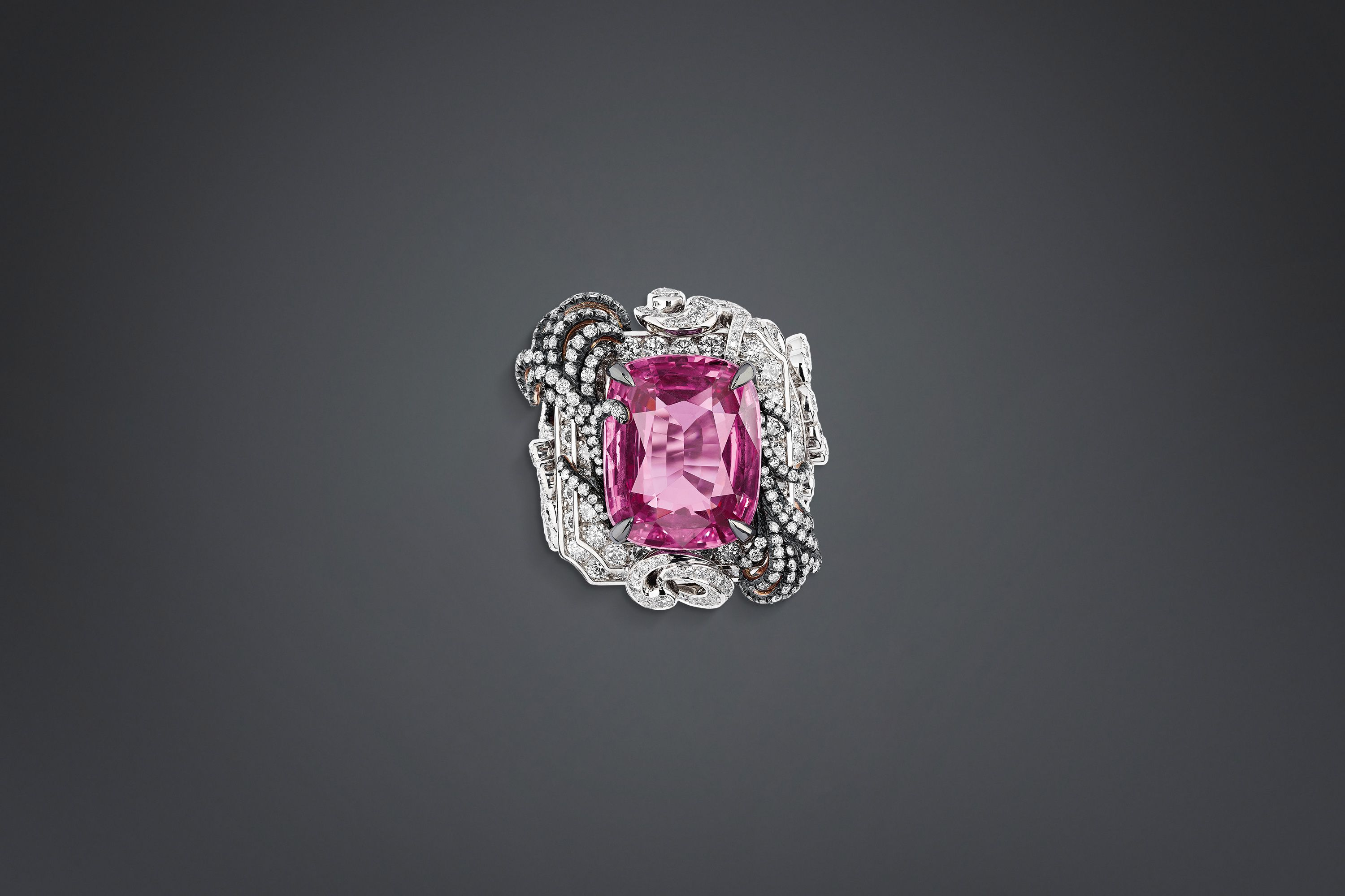 """appartements de mesdames moulure"" ring - Dior"