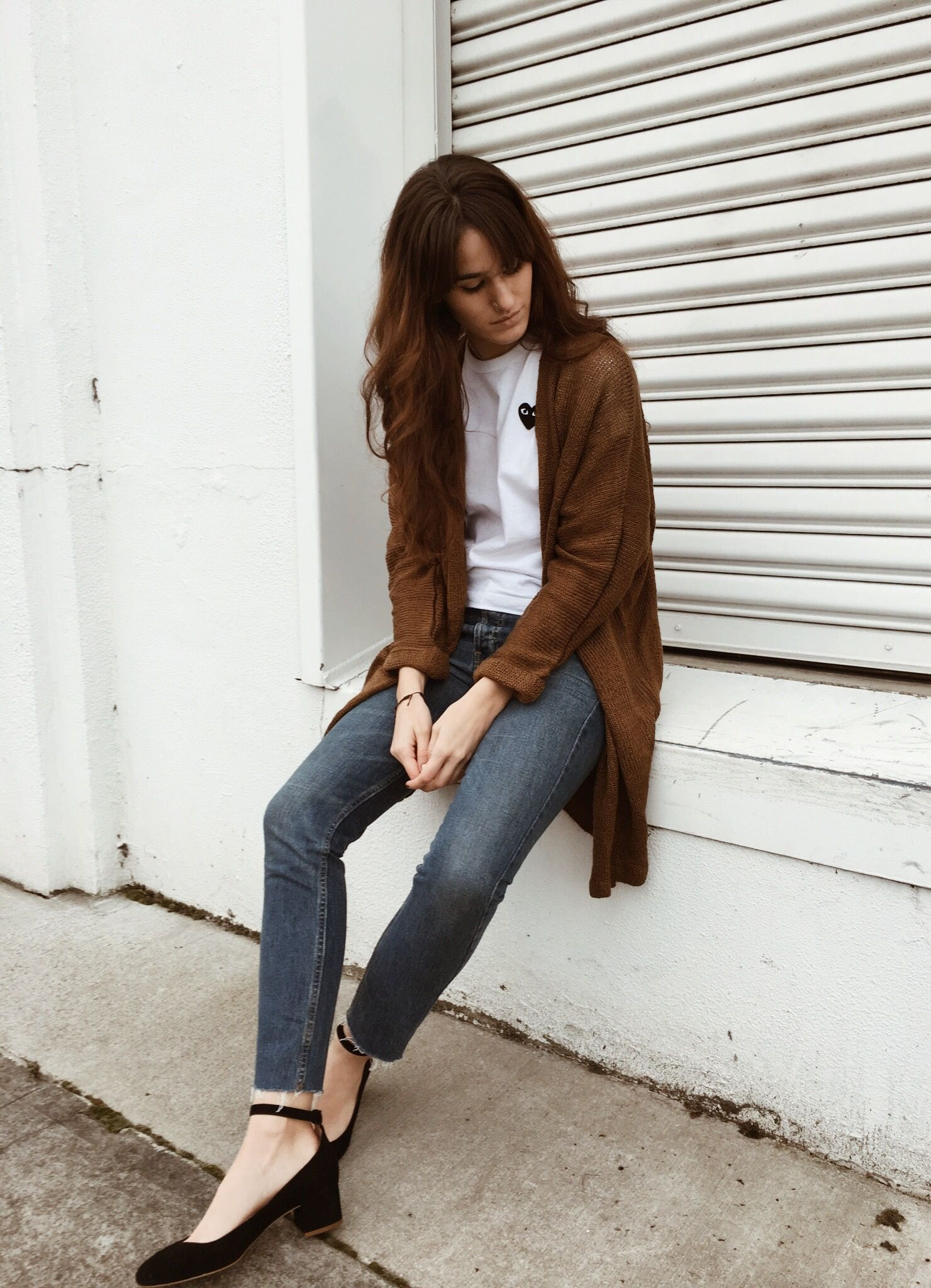 5bad8fa75 Black and brown outfit ideas for women