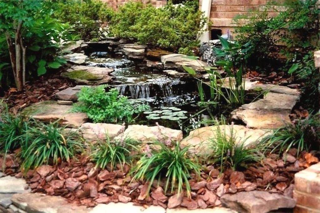 99 Enjoying Fresh Water Ideas Feature Frontyard And ...