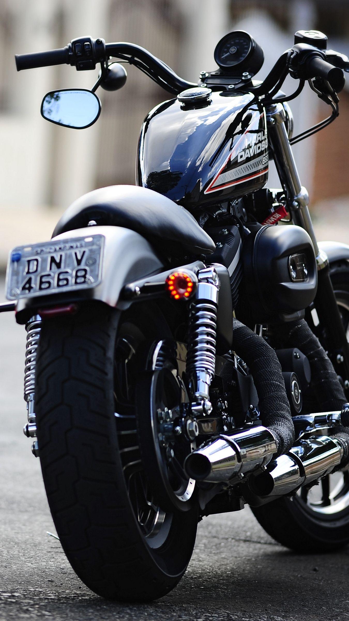 Pin By Mouli Moni On Bikes And Cars Harley Davidson Wallpaper