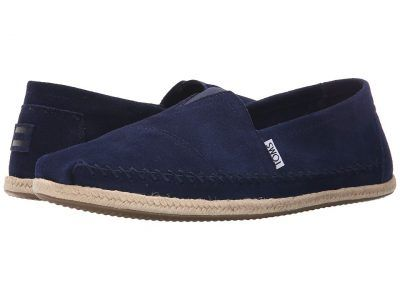 TOMS - Seasonal Classics (Navy Suede) Men's Slip on  Shoes