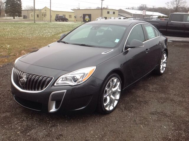 New 2017 Buick Regal Turbo Gs Sedan Elkhart Both Practical And Stylish A Turbocharger Further Enhances Performance While Also Pres Buick Regal Buick Elkhart