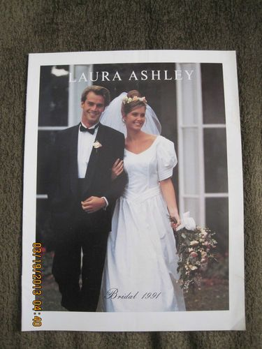 Luvable Friends Printed Fleece Blanket Birds Bridal Gowns 1990s