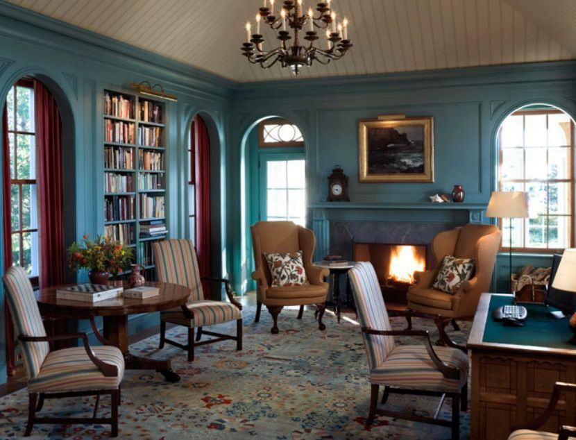 Traditional Style Living Room Painted In Teal Blue Dulux S