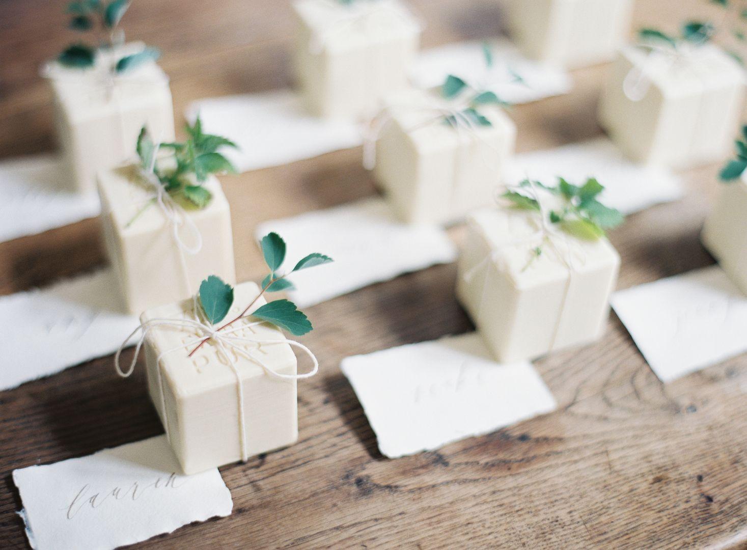 Petite Soap Favors | JenHuang - Geraldine Magazine | Wedding Favors ...