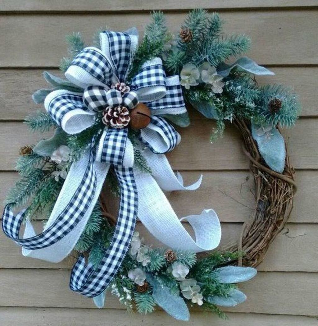 Photo of 35 Fabulous Winter Wreaths Design Ideas Best For Your Front Door Decor