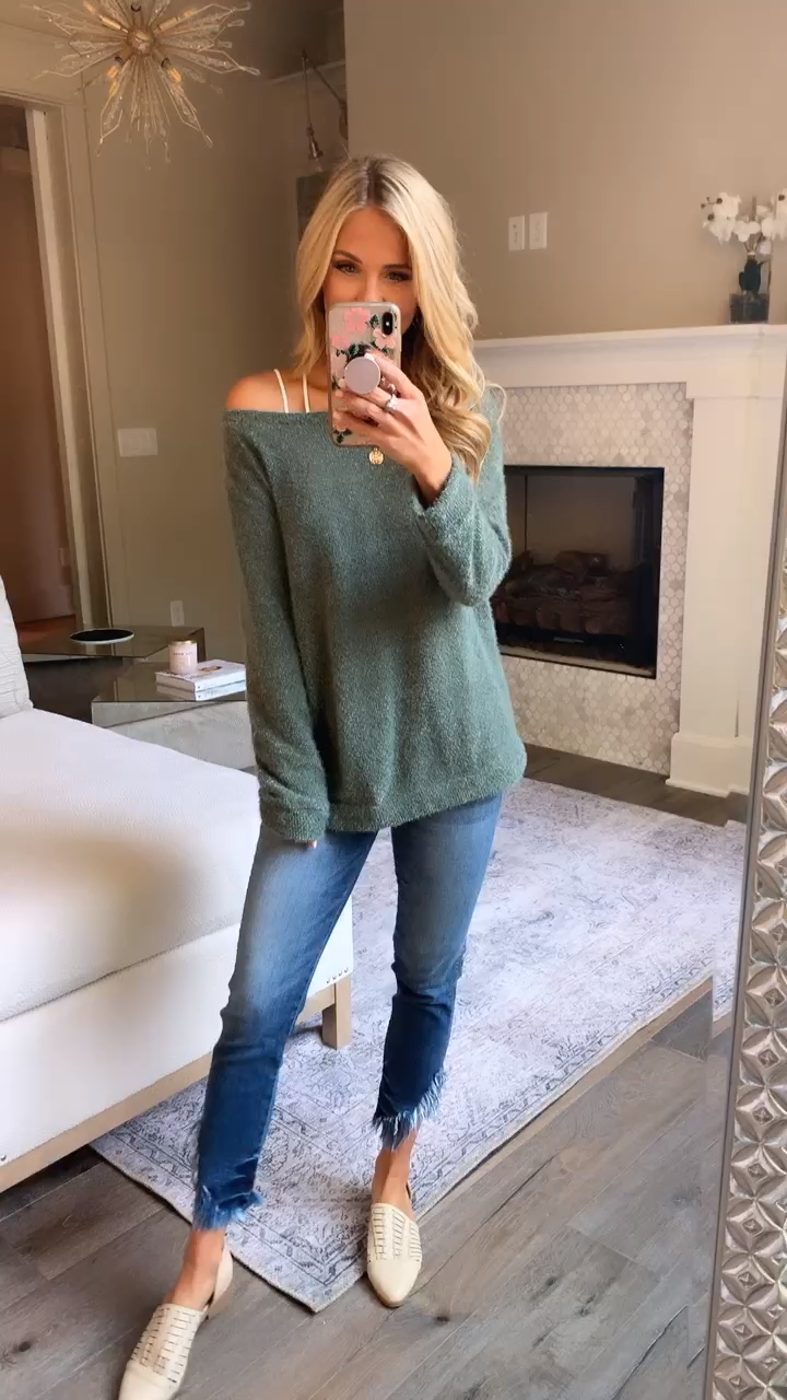 Spend My Days In Love Green Pullover