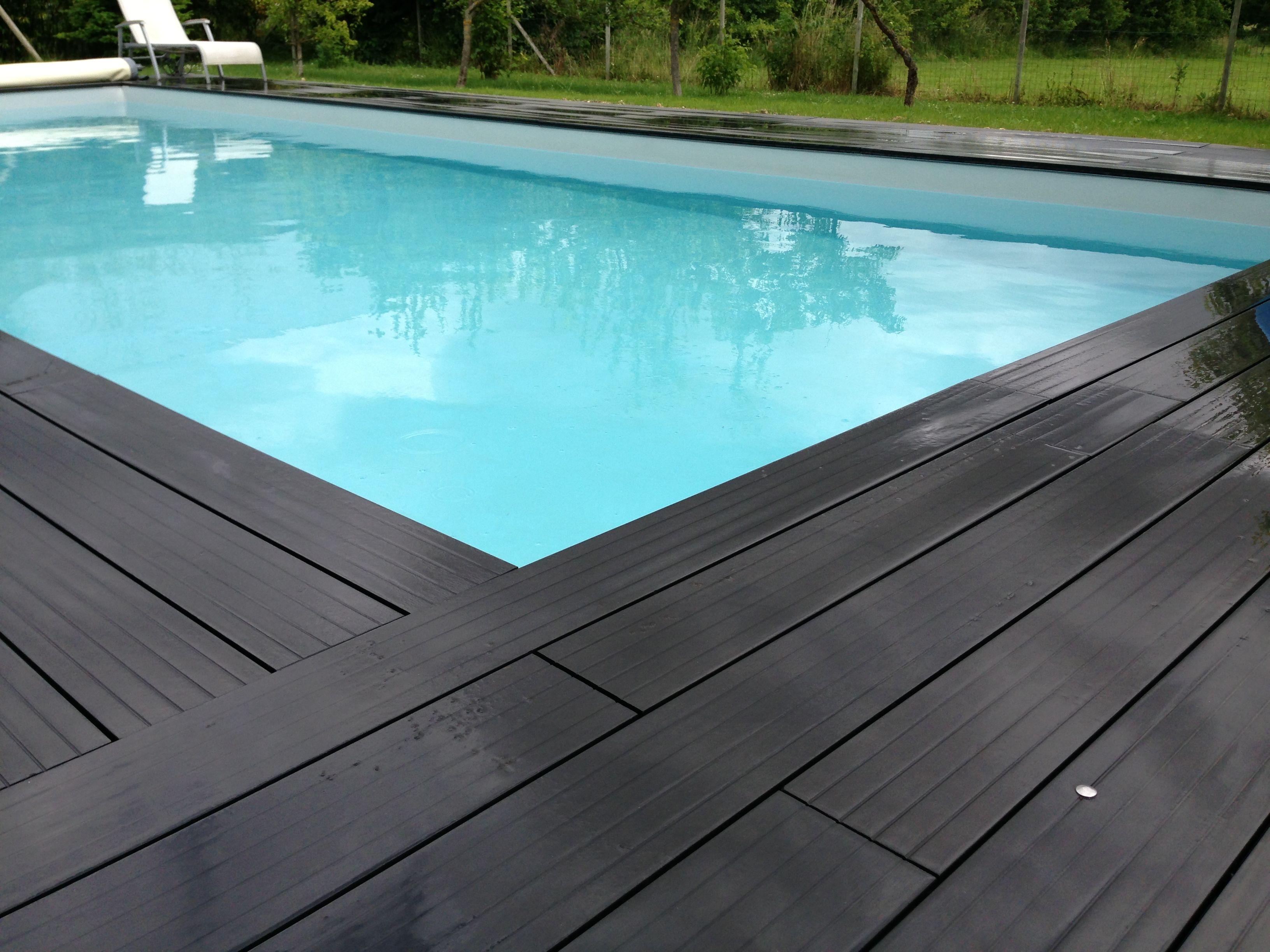 Une bonne idée déco pour mettre sa piscine en valeur : en faire le ...