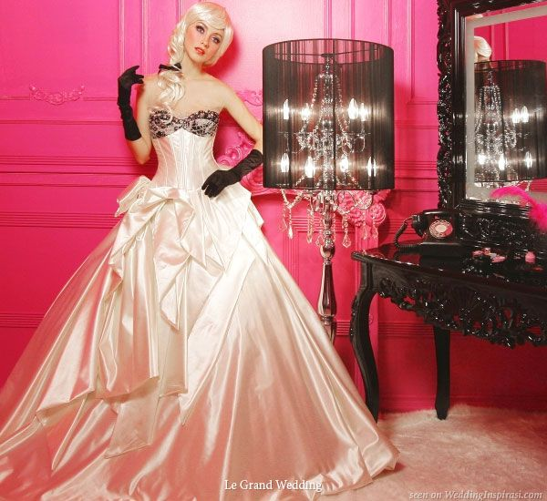 Bridal Gowns from Le Grand Wedding | Coral wedding dresses, Black ...