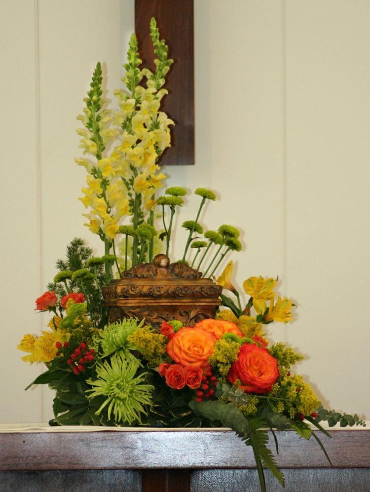 compositions florales 77 id es pour la d co avec des fleurs floral arrangements pinterest. Black Bedroom Furniture Sets. Home Design Ideas