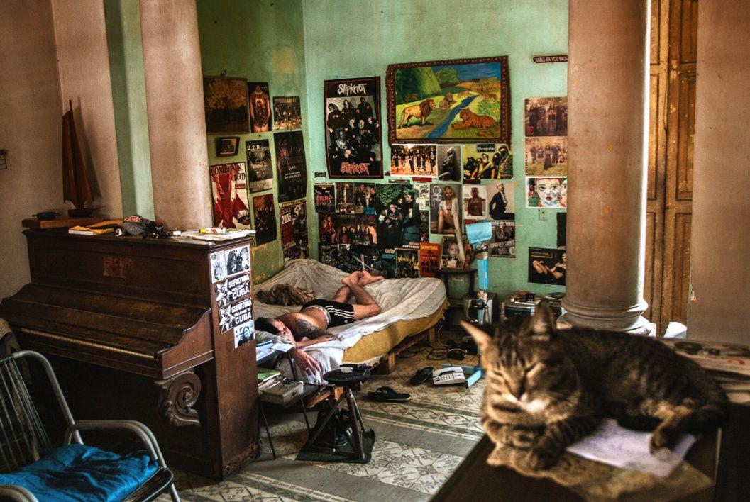 Durante un viaje a Cuba en el 2010, el fotógrafo vasco Josu Trueva Leiva se…