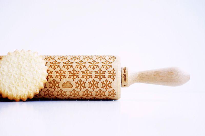 Backzubehör - Eingravierte Teigrolle - Christmas Muster - ein Designerstück von zuia bei DaWanda