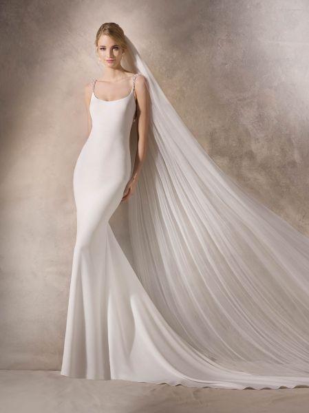 vestidos de novia la sposa 2018: los detalles más románticos de su