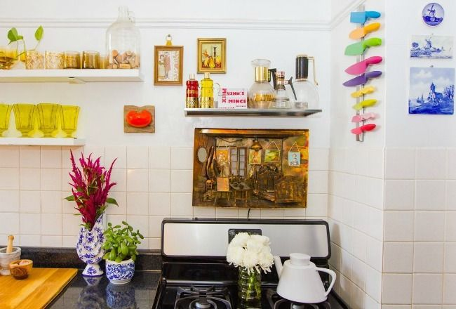 Petite cuisine decoration feminine et coloree