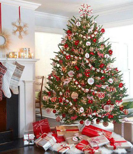 Les plus beaux sapins de Noël Jolly Holidays Pinterest