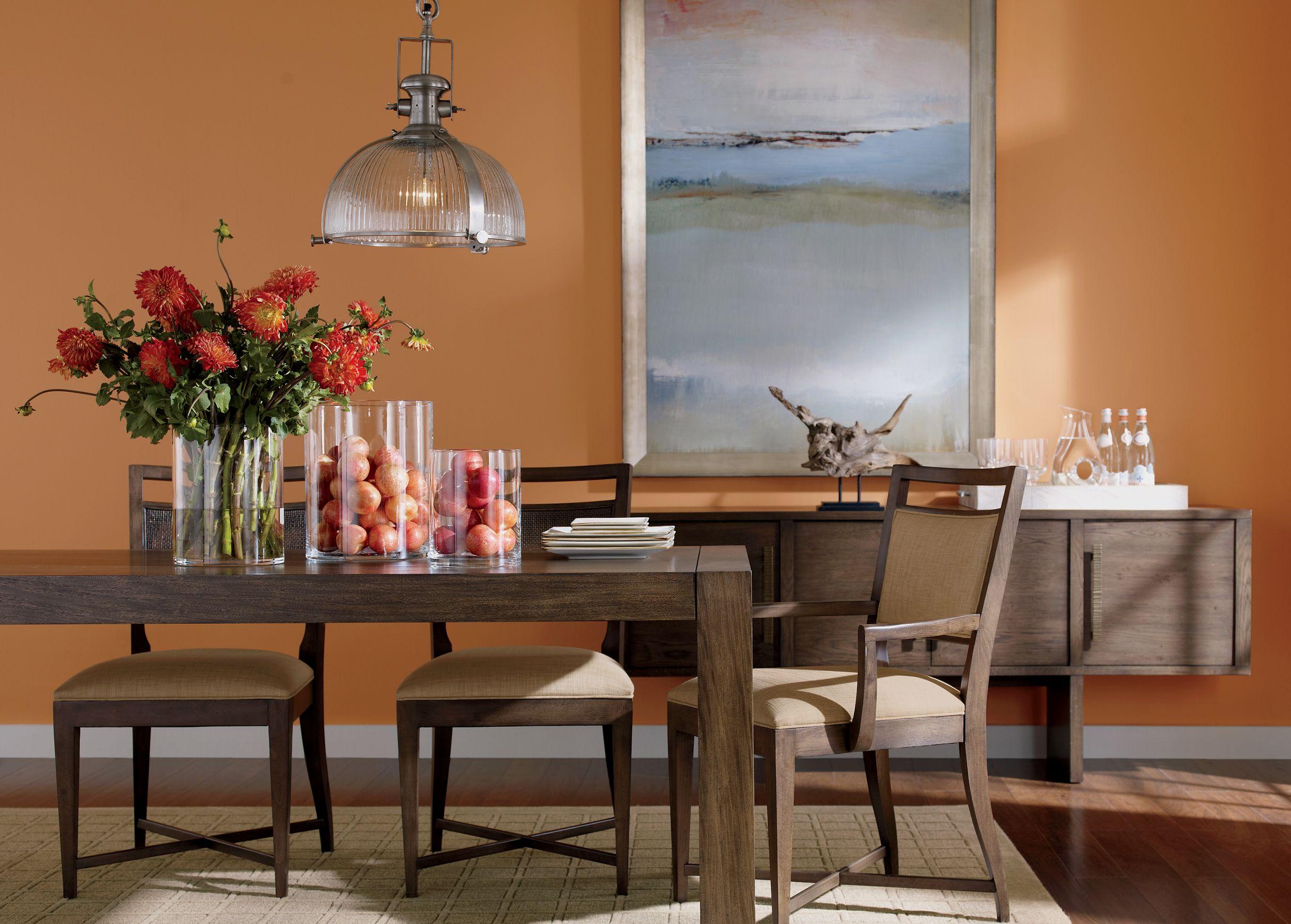 Mid-Century Modern dining room. #EthanAllen #EthanAllenBellevue #MidCentury #DiningRoom
