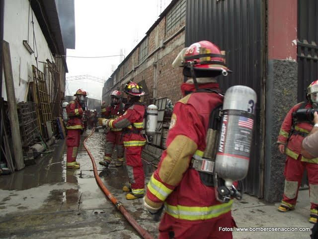 Incendio Av. Argentina 2010 Cercado de Lima, Lima - Perú (Fabrica de Colchones Avanty) Fecha: 17/03/2011
