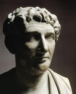 poete latin en 7 lettres