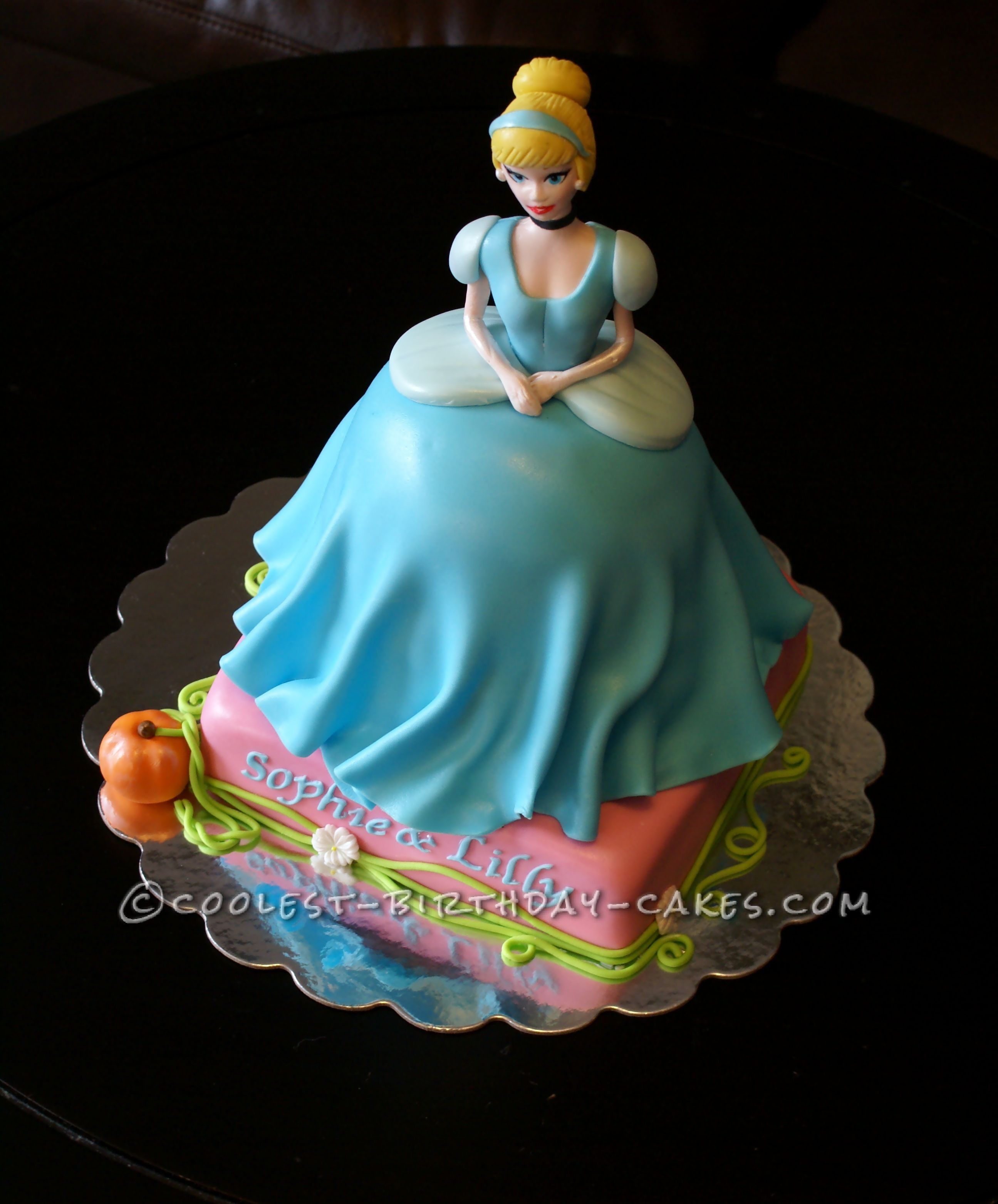 Coolest Homemade Cinderella Cake With Gumpaste and Fondant