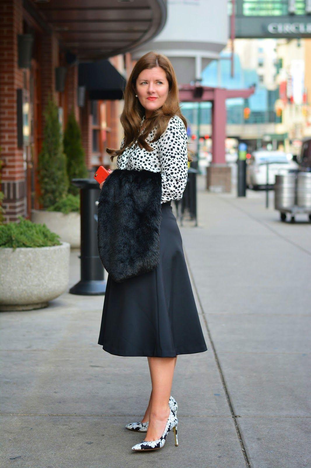 A Lily Love Affair: Office Style: The Midi Skirt @bananarepublic ...