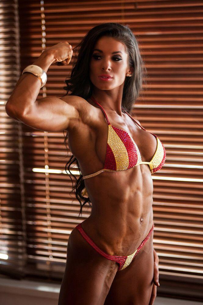 female-fitness-models-candid