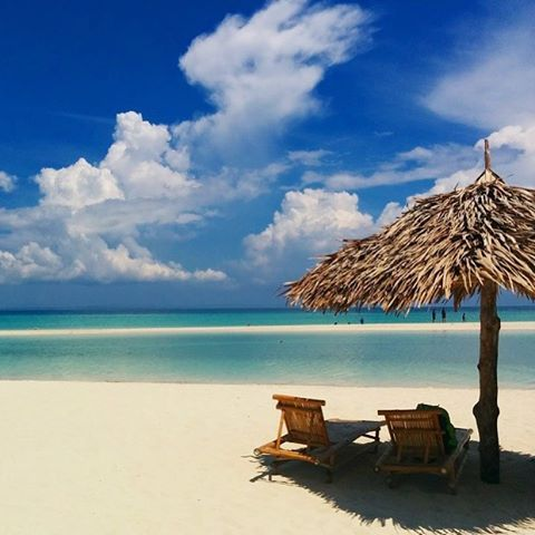 #Beach life in #Cebu, #Philippines  Great shot from our follower @akosiden