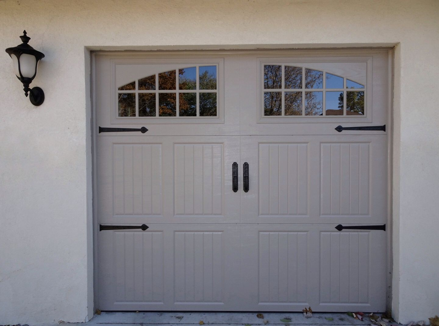 Amarr Classica Garage Door In Sandtone With Tuscany Panels And Seine Windows Garage Doors Carriage Garage Doors Steel Garage Doors