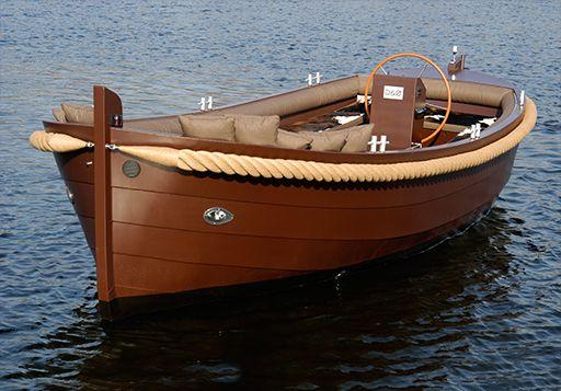 Sloepen | Runabout boat, Cruiser boat, Wooden sailboat