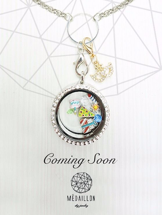 Stay Tuned for more!  #loveit #fashion #beautiful #instagood #instalike #instadaily #trinkets #Médaillon