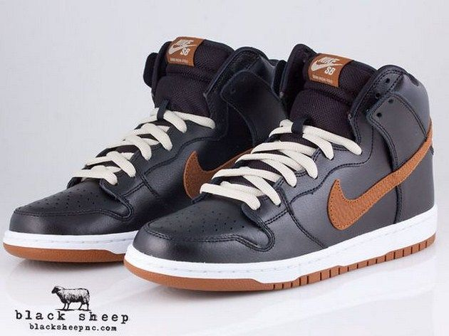 premium selection b3f9e a002b ... Nike SB Dunk High – Guinness Nike SB Dunk Hi Burnished Leather ...