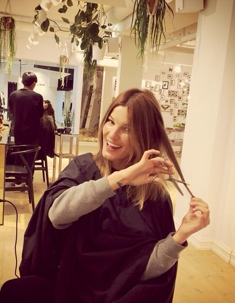 Beauty Hanneli Mustaparta takes scissors in to her own hands #Norwegian #model #blogger #regram @gevir