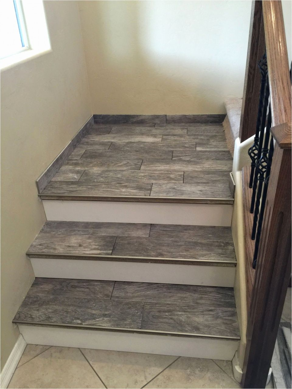 Laminate Flooring On Stairs With, Laminate Flooring On Stairs With Overhang