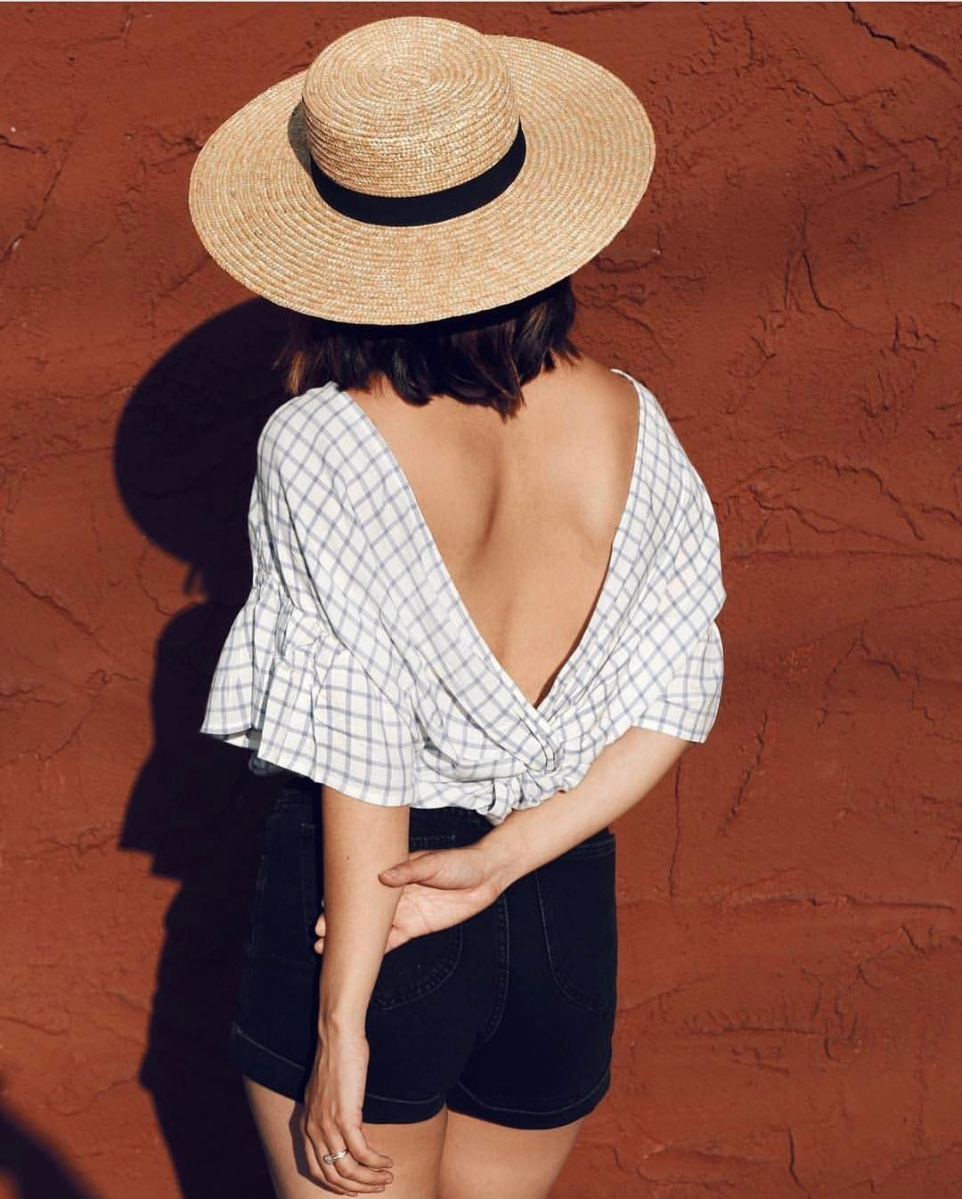 "2,024 mentions J'aime, 14 commentaires - Lack of Color Hats (@lackofcoloraus) sur Instagram : ""Summer-time textures  @mauveandgrey in our classic 'Spencer Wide Brimmed Boater'"""