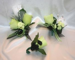 Wedding bridal bouquet lime green black white lily silk flowers 10 wedding bridal bouquet lime green black white lily silk flowers 10 pc ebay by britney mightylinksfo Images