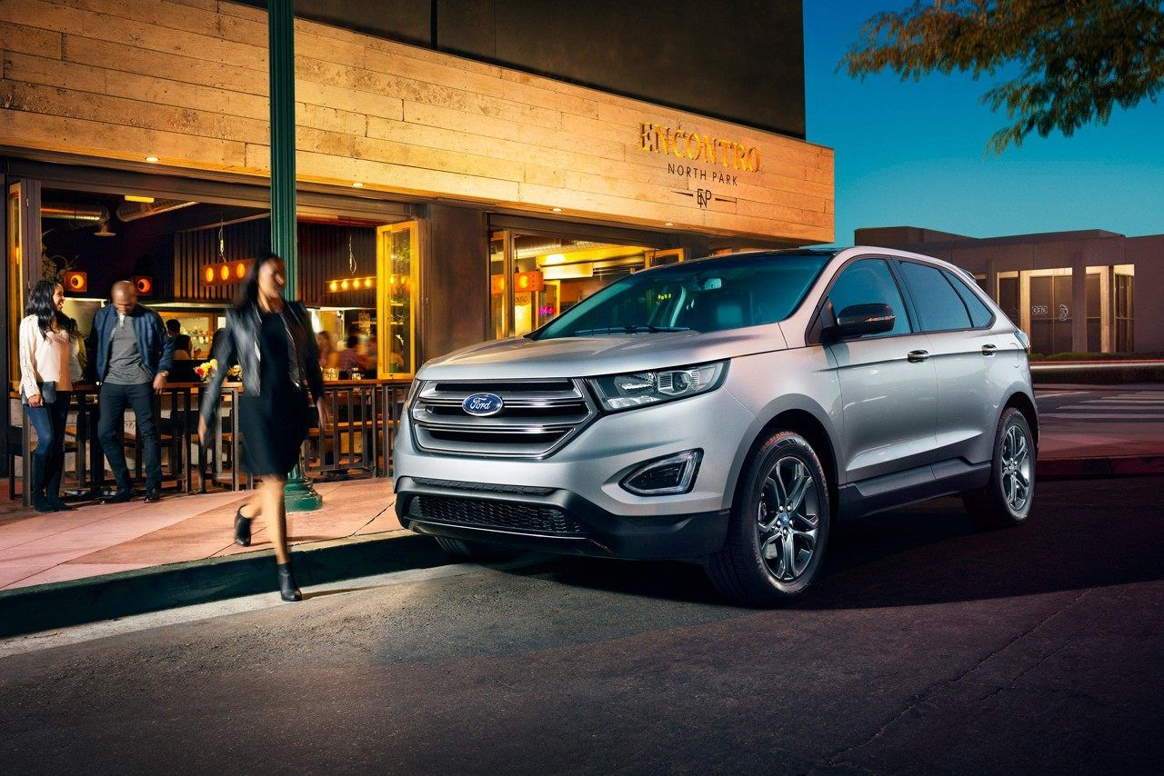 2018 Edge Sel In Ingot Silver With Sport Appearance Package Ford