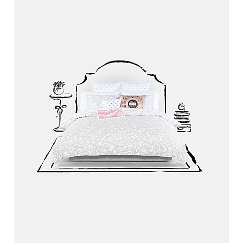 Bring a stylish statement to your bedroom décor with the kate spade new york Literary Glasses Comforter Set. Featuring the designer's iconic glasses print, the comforter and coordinating pillow shams offer a fun update.