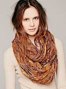 @Shopatico - Tattered Paisley Loop Scarf