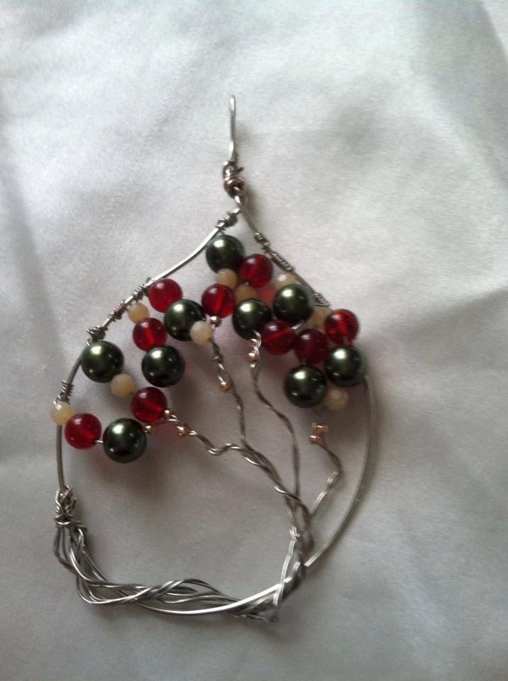 Yule+Tree+Ornament+has+loop+for+wire+or+by+WickedWireArtStudio,+$25.00