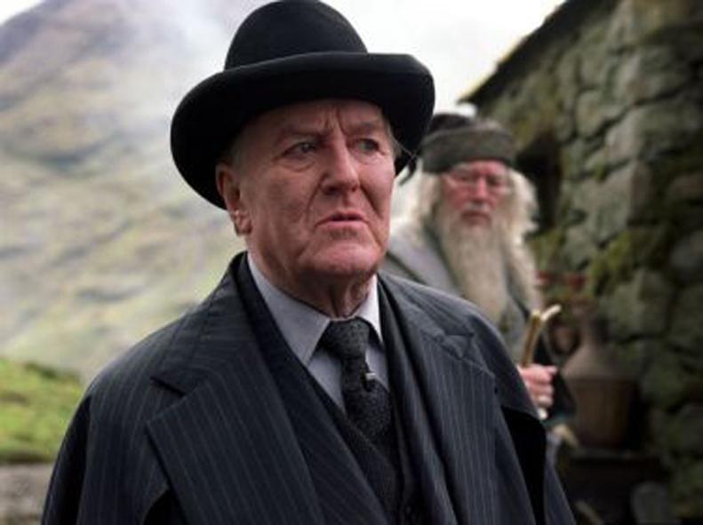 Robert Hardy Dead Aged 91 Fudge Harry Potter Robert Hardy Harry Potter Films