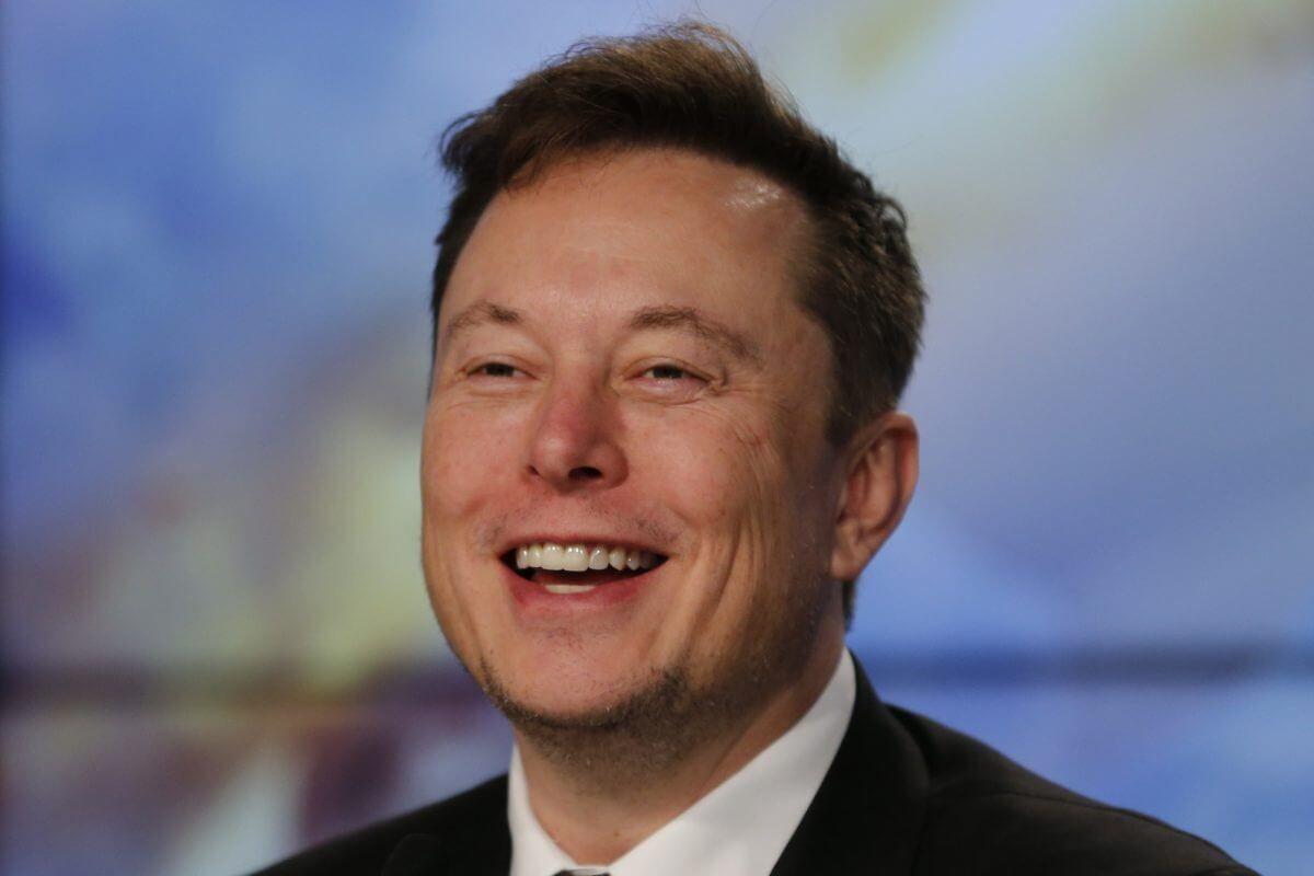 Elon Musk Can Now Easily Buy Ford Motor Company Crypto Coins News Https Digitalive World Elon Musk Can Now Easily Buy Ford Motor Com In 2020 Tesla Tesla S Tesla Inc