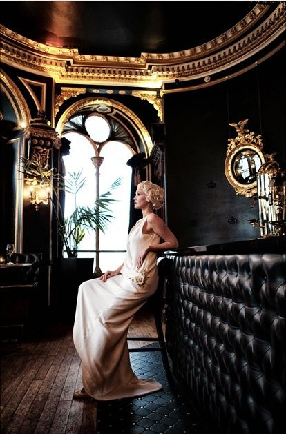 The Ultimate Glamzon Gaudy Black Gold Glam Gold Rooms Luxury