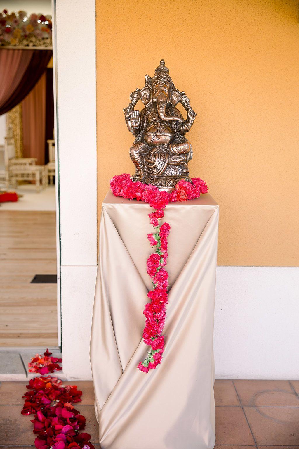 Pin de Destination Weddings in Portug em Indian Weddingin
